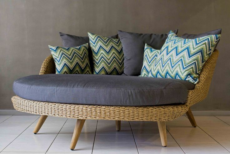 Outdoor Furniture Double Day Bed - wicker - recycled teak legs