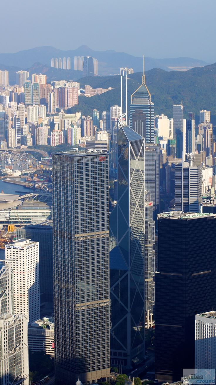how to travel around hong kong