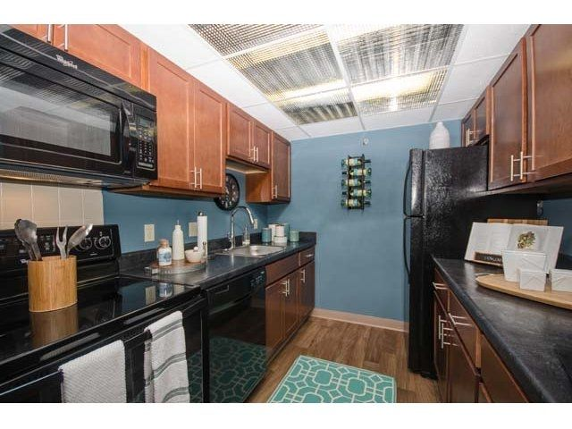 Gold Coast City Apartments is a luxury apartment community in the Gold Coast neighborhood of downtown Chicago. Apartments for rent in downtown Chicago with many resident amenities.
