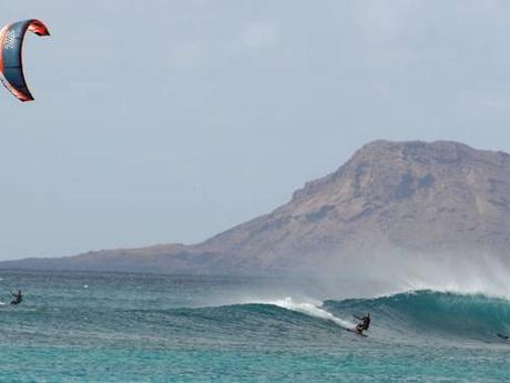 Ponta Preta, Sal, Cape Verde: Kitesurfing with awesome waves!