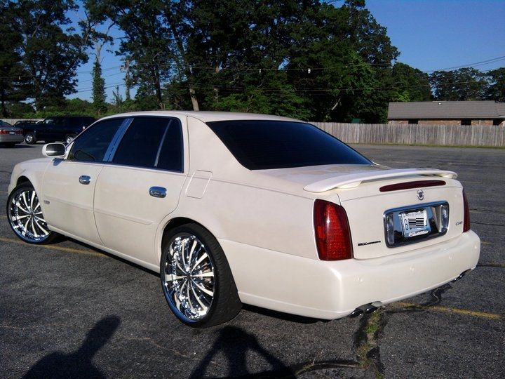 Check out customized antdeville89s 2002 Cadillac DeVille photos