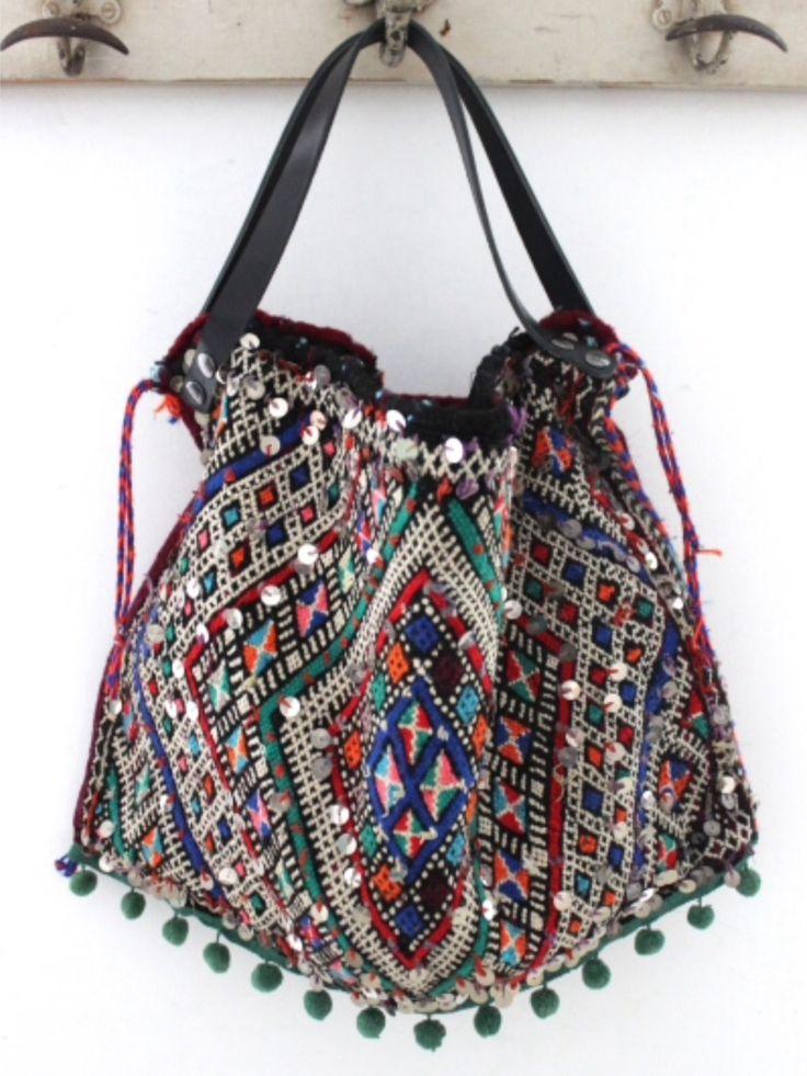 Love this colorful bohemian bag!