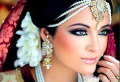 Эта маска Шахерезады разглаживает даже самые глубокие морщины. Лицо сияет молодостью и красотой
