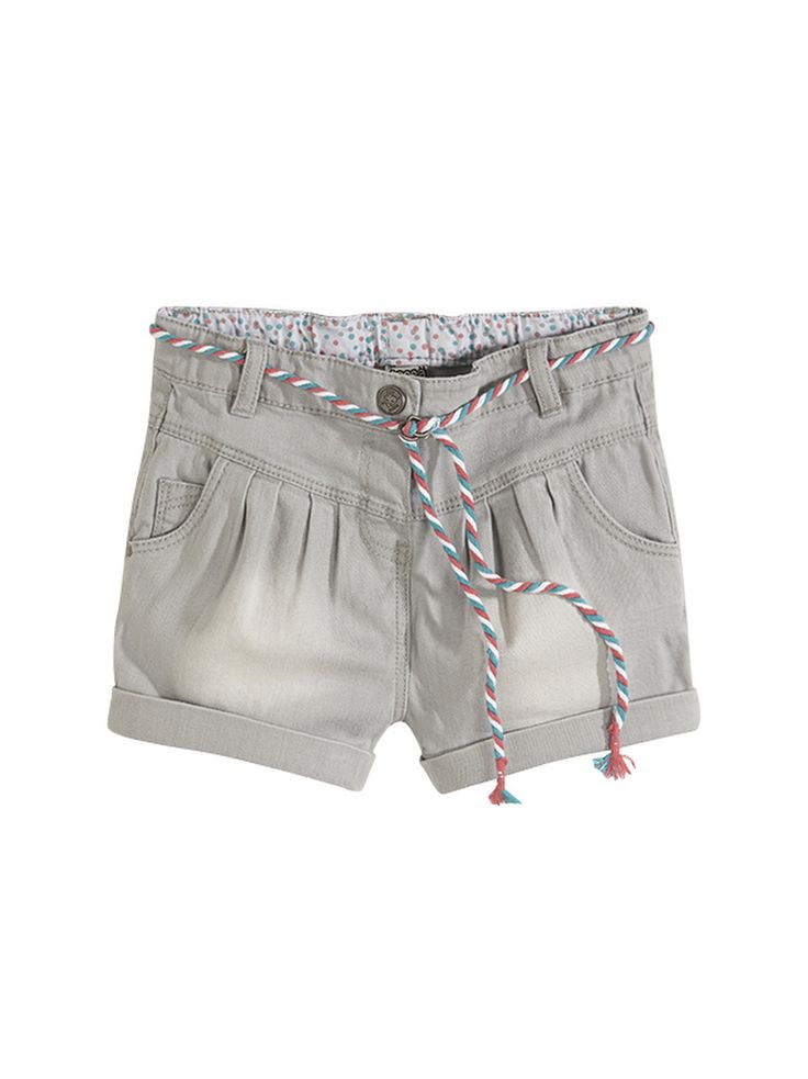 SHORTS AIMATA : Ultra-trendy denim shorts. Wear them with or without tights.
