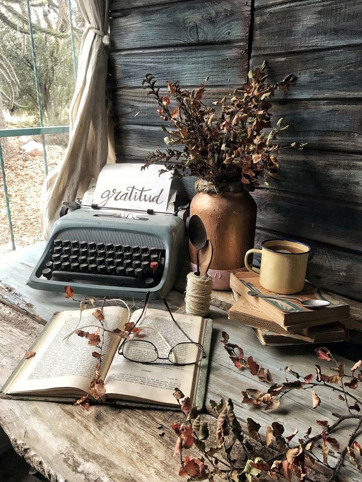 Tea Time, Instagram, Vintage, Hands, Decoration, Youth Rooms, Decoration Home, Little Cottages, Decor