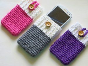The Perfect Phone Case - Keep your phone from getting scratched or damaged with this simple and sleek crochet phone case.