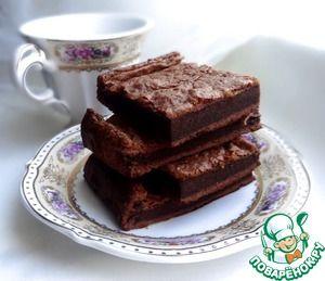 Брауни из двух ингредиентов видела я этот рецепт в одном из журналов серии Foodie. Несмотря на то, что на сйте есть почти сотня рецептов брауни, этот особенный, на мой взгляд. Два простейших ингредиента превращаются в нежнейшее шоколадное лакомство.