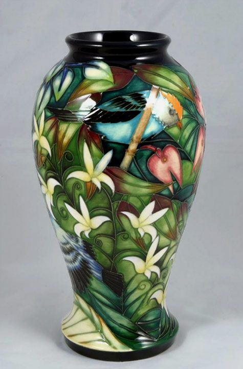 Google Image Result for http://www.veniceclayartists.com/wp-content/uploads/2012/04/Moorcroft-Chapada-Sun-Conur.jpg