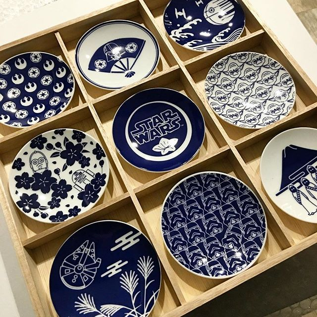 That stormtrooper plate is bothering me in a ocd like way. Other than that those plates are awesome! So you went to Japan to buy some. & 636 best household products - ceramics tableware serveware images ...