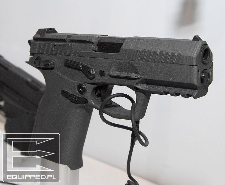 FB experimental pistol (850×701)