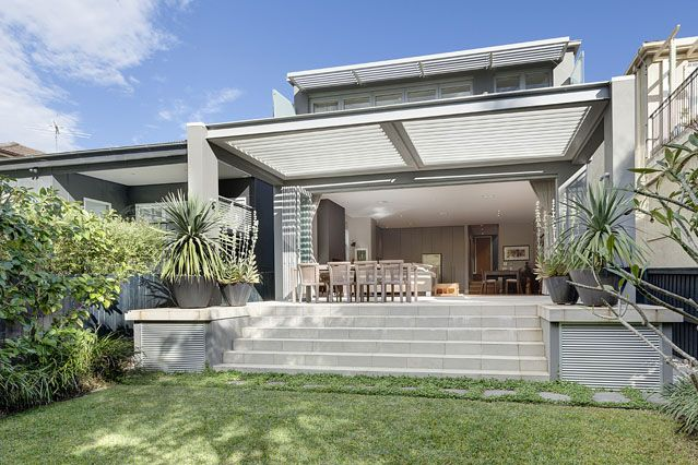#Outdoor #living, stunning and modern exterior by Chateau #architects