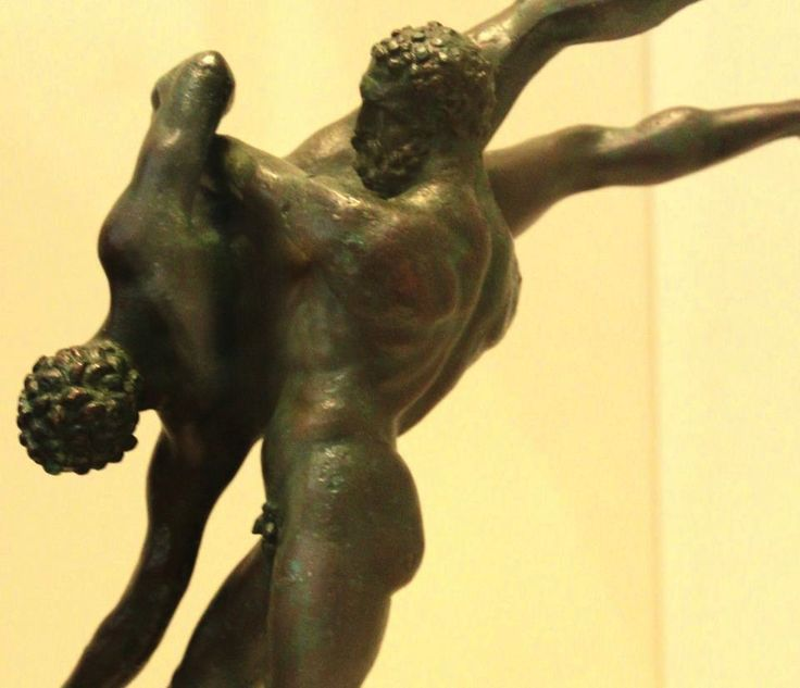 Copper alloy group of wrestlers,symbolizing the battle between Heracles and the giant Antaeus.2nd BC.Arch.of Athens