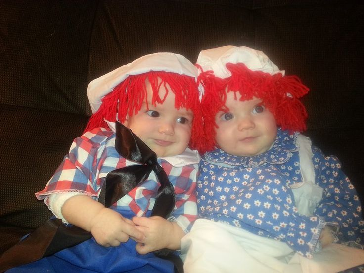 ideas for halloween costumes from the twin z pillow wwwtwinznursingpillowcom - Baby Twin Halloween Costumes