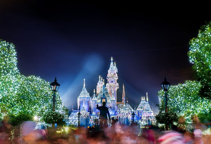 Some attractions at Disneyland are better at night. Actually, just about all of the ones that take place at least partially outdoors are better at night. T