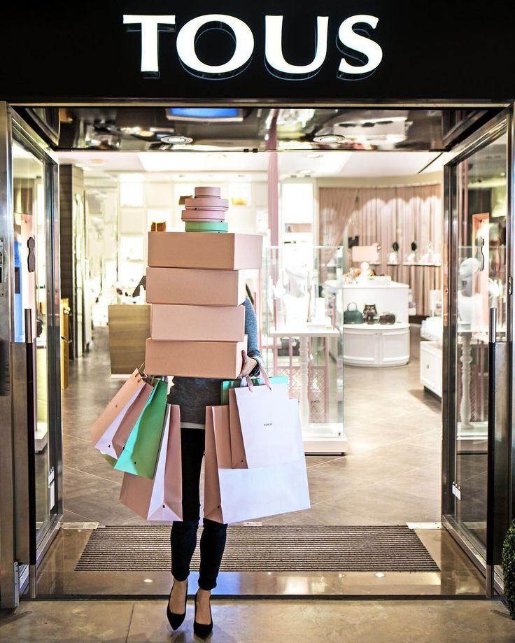 ¿Quién no quisiera salir así de una tienda #TOUS este San Valentín? #BeTous #touslovers #jewerly #TOUS
