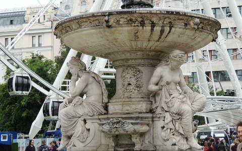 Budapest,Erzsébet téri szökőkút az Óriáskerékkel