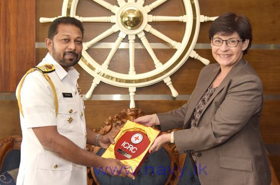 Head of the International Committee of the Red Cross (ICRC) in Sri Lanka, Mrs. Claire Meytraud called on the Commander of the Navy, Vice Admiral Travis Sinniah at the Navy Headquarters on September 11th.