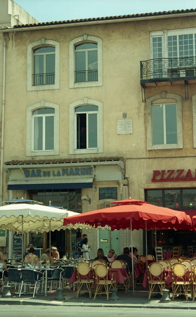 Marseille le bar de la marine de cesar