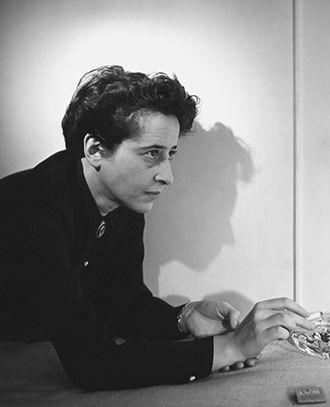 Porträt von Hannah Arendt