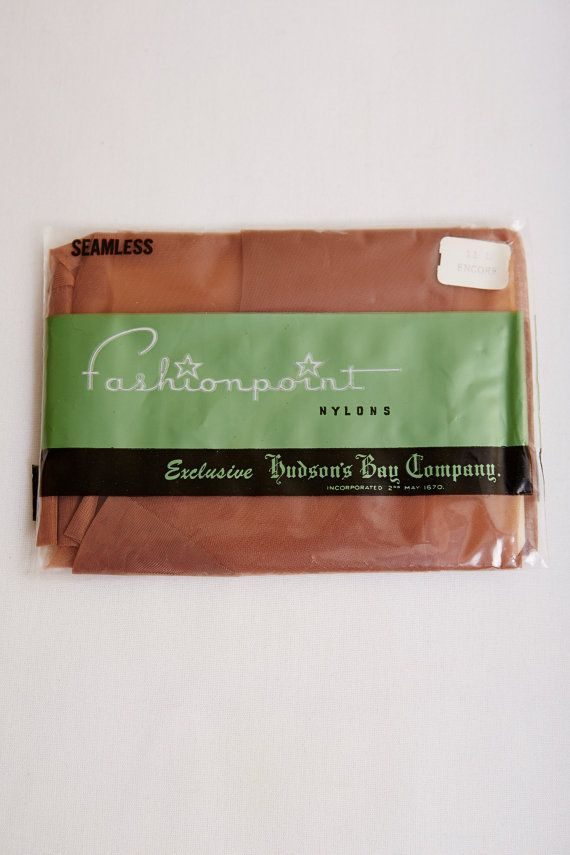 1970s Fashion Point Seamless Mesh Thigh-high Nylons in Encore Large Original Packaging