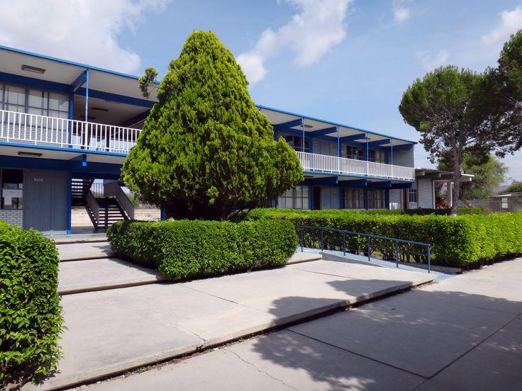 La Preparatoria No. 10 está ubicada en Carretera a Matehuala km. 49 en el municipio de Dr. Arroyo, Nuevo León. Conoce más de esta preparatoria a través de su página web http://preparatoria10.uanl.mx o comunícate al (81) 01 488 88 8 02 18.