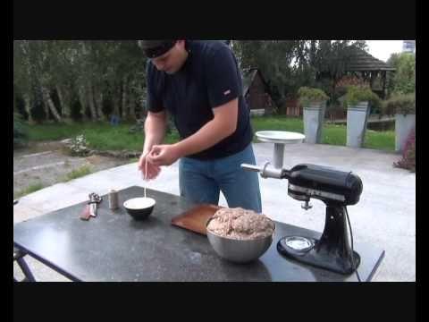 Jak zrobić domową kiełbasę? Tanie Gotowanie #10 - YouTube