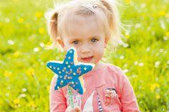 Kindergeburtstag Spiele: 20 Ideen für Indoor-Spiele am Kindergeburtstag - Von der Gespensterjagd bis hin zum Zauber-Paket