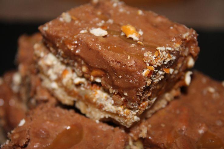 Pretzel Caramel Sweet Bars
