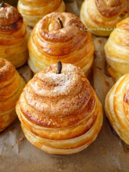 Colors in the Kitchen: Leveles tésztába burkolt fűszeres alma mazsolával és aszalt szilvával