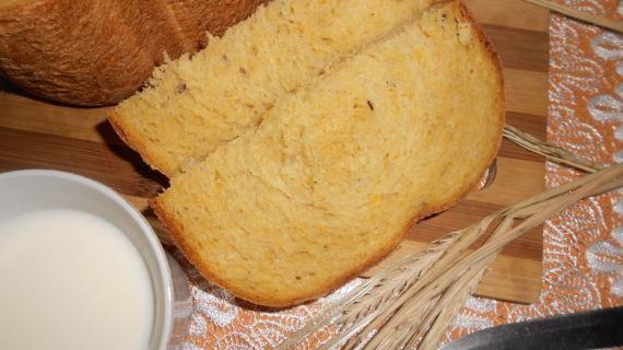 Тыквенный хлеб с льняными семенами