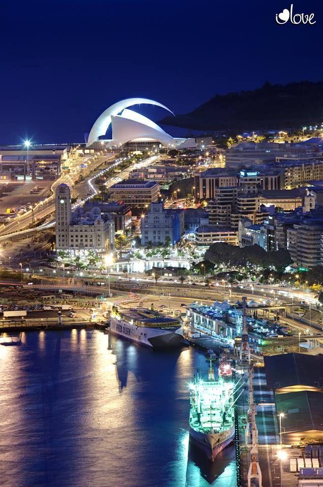 #SantaCruzdeTenerife en la noche , #Tenerife - #IslasCanarias