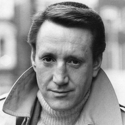 Roy Scheider Born: 1932-11-10 - Died: 2008-02-10 He can do ...
