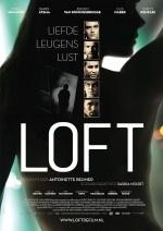 Nederlandse remake van het Vlaamse bioscoopsucces, over vijf getrouwde mannen die het lijk vinden van een jonge vrouw in hun geheime appartement