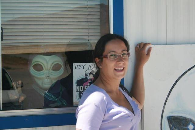 Marinella Scarico. Social media manager e blogger. Zaino in spalla, macchina fotografica, smartphone e la voglia di scoprire posti nuovi e raccontarveli.