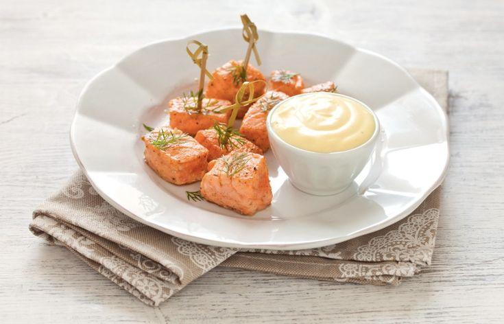 Cubi di salmone al pepe e zenzero con maionese al whisky ricetta