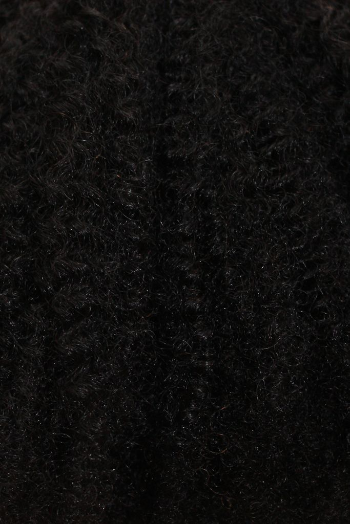 Shop our VIP line of Malaysian Afro Kinky Weft 100% human hair extensions are trendsetters on the market. This hair is tighter comparable to 4A to 4C texture and can be combed or brushed for a natural