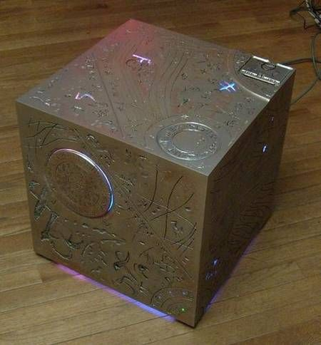 Xbox 360 Mod Transformers All Spark Cube... And my geek side comes out, I want this!!