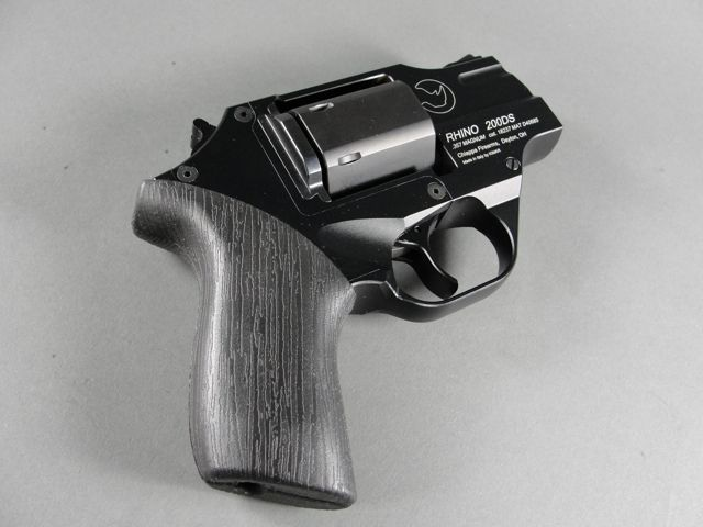 On Point Firearms, ar15 ammo, Sig Sauer MCX for sale, Microtech Jedi Knight, grip stippling service glock stippling, glock texturing, m&p stippling, polymer stippling, glock grip reduction, stippled glock -Find our speedloader now!  www.raeind.com  or  http://www.amazon.com/shops/raeind