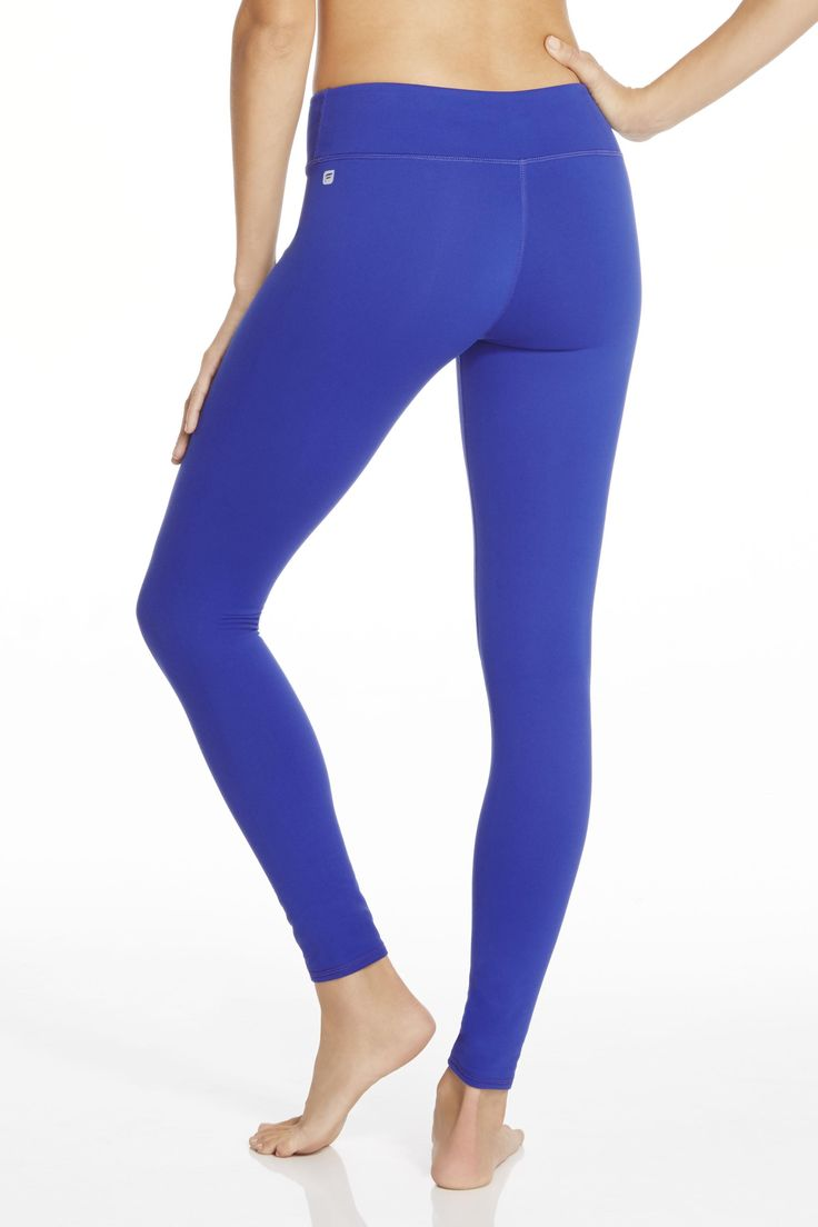 Our best-selling legging is a solid blue foundation for any workout. Stretch, bend and hit the streets (and look good while doing it) in this move-easy essential | Electric Blue Salar Legging - Fabletics