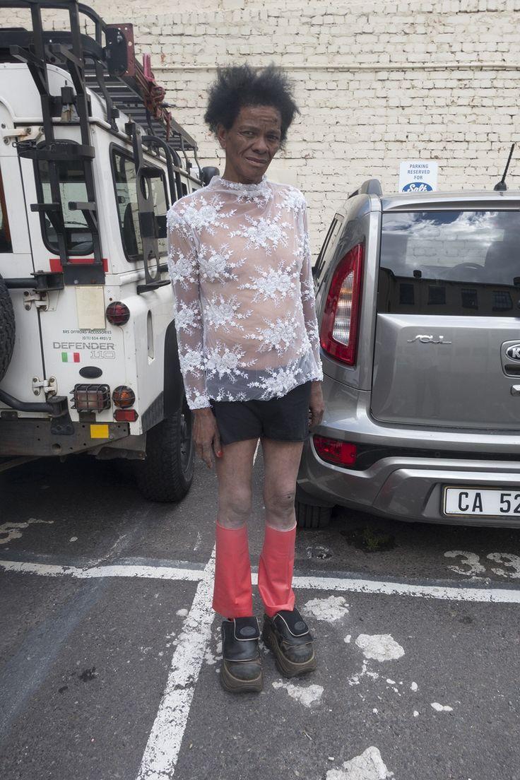 Joan Collins is een transgender sekswerker uit Zuid-Afrika met een neusje voor mode | VICE | Netherlands