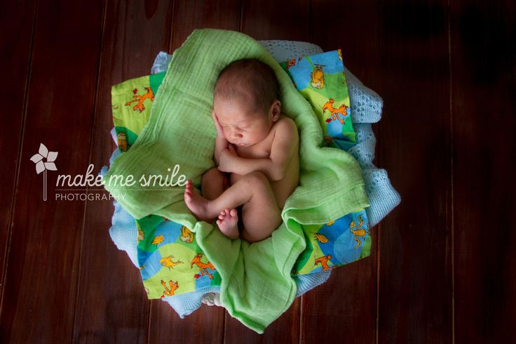 Canberra Newborn Photography, Make Me Smile Photography, Green and Blue
