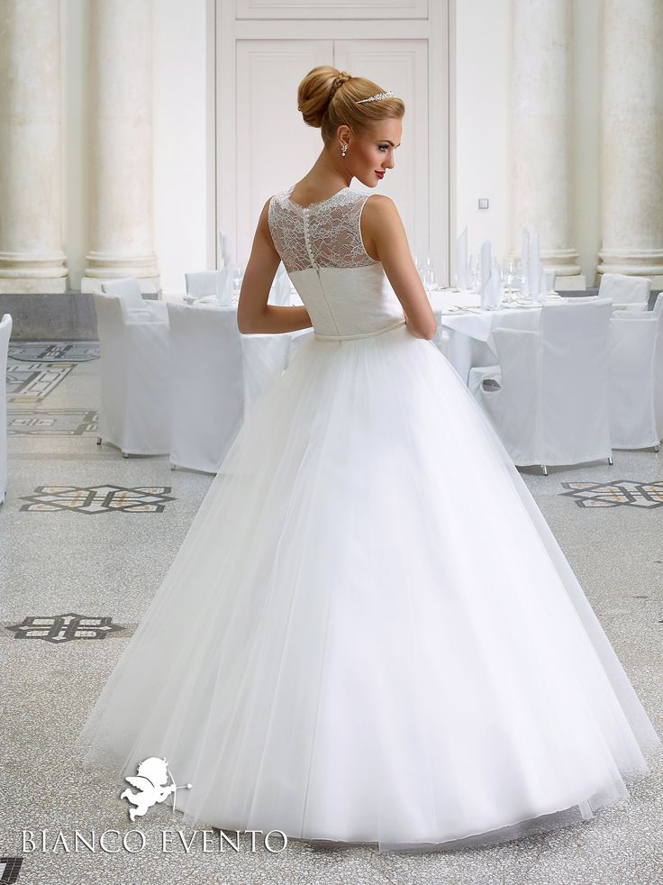 55 best Brautkleider images on Pinterest | Bridal dresses, Short ...