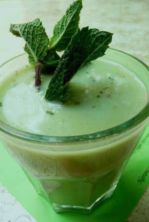 Mentás zöldborsó krémleves / Pea cream soup with mint