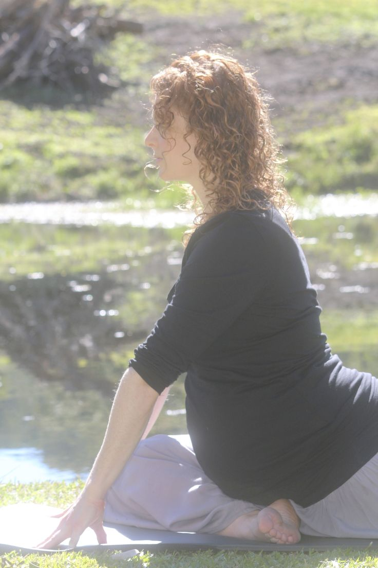 Prenatal Yoga Pregnancy Yoga Mummy's Intuition Holistic Health Coach Photo by Picture The Moment