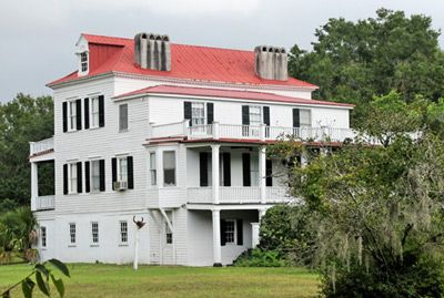 Coffin Point Plantation located in St. Helena Island    http://south-carolina-plantations.com/beaufort/coffin-point.htmlPlantations, Gracie 1959, Islands Aka, Point Built 1801 Damaged, Helena Islands, Homes Extensions Repair, Beaufort County, Hurricane Gracie, Coffin Point Built