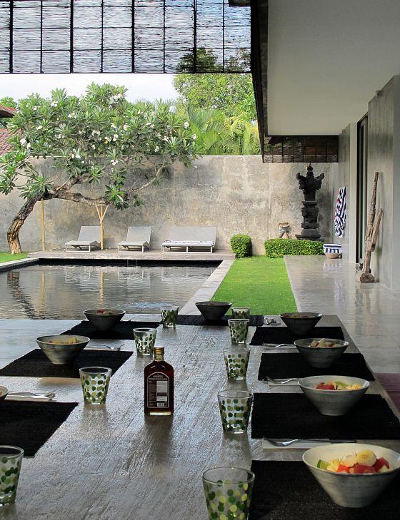 Breakfast is served at Villa H2O Bali, Seminyak | Tips for a Bali girls getaway