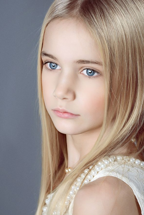 Preteen Child Model Laura Nn Picture.