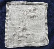 Ravelry: Kitty Prints Dishcloth pattern by Louise Sarrazin