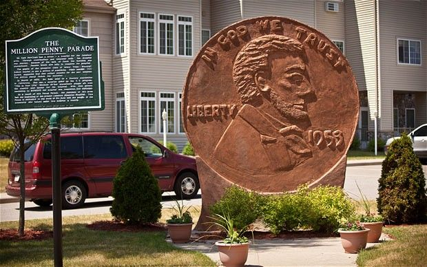 World's Largest Penny, Woodruff, Wisconsin.  The world's largest roadside attractions - Telegraph