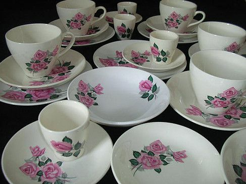 Crown Lynn / Dinnerware  ~*~*~* Our aim is to supply our customers an opportunity to hire from our Gorgeous selection of Crown Lynn dinnerware to beautify their table settings / venue.